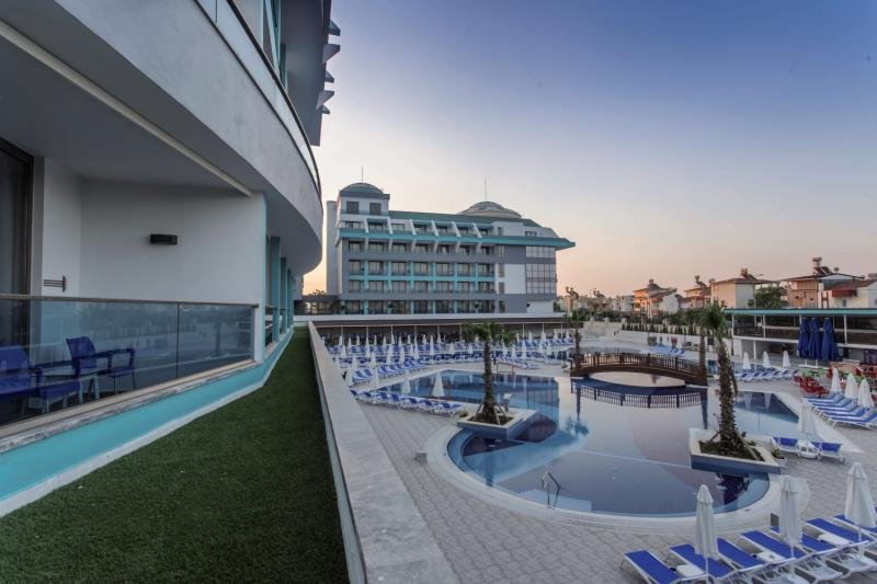 Sensitive Premium Resort & Spa Terrasse
