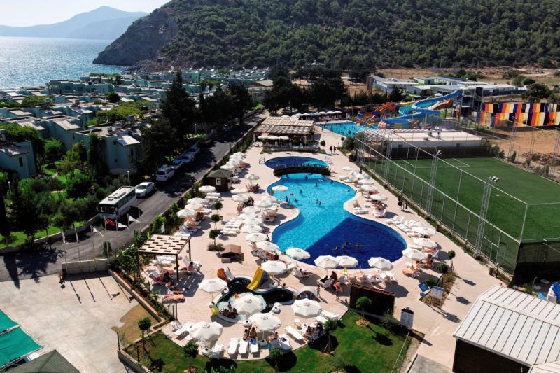 Ulu Resort Hotel Außenaufnahme