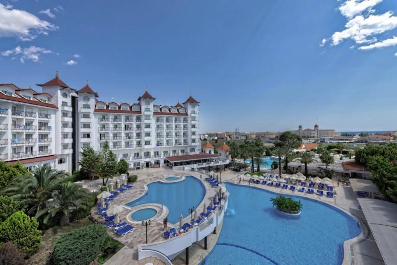 Side Serenis Hotel Pool