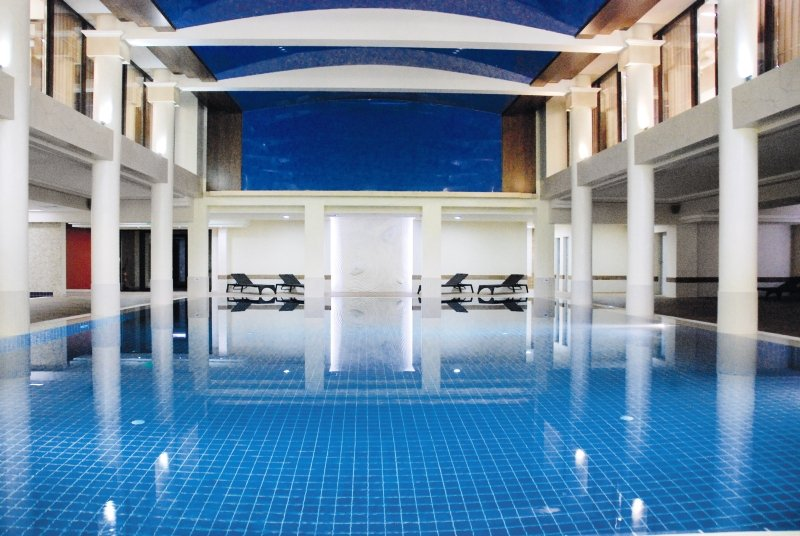 Grand Hotel & Spa Primoretz Hallenbad