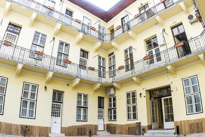 Central Hotel 21 Außenaufnahme