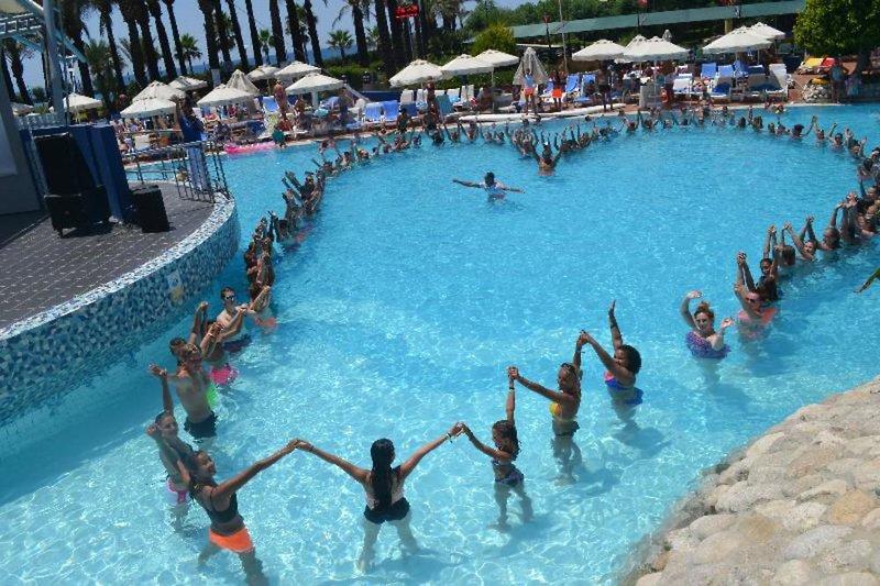 TT Hotels Pegasos World Pool