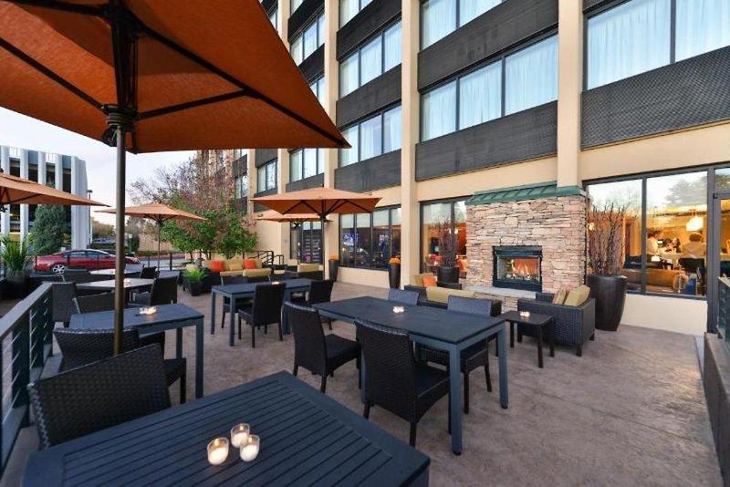 Courtyard by Marriott Denver Cherry Creek Terrasse