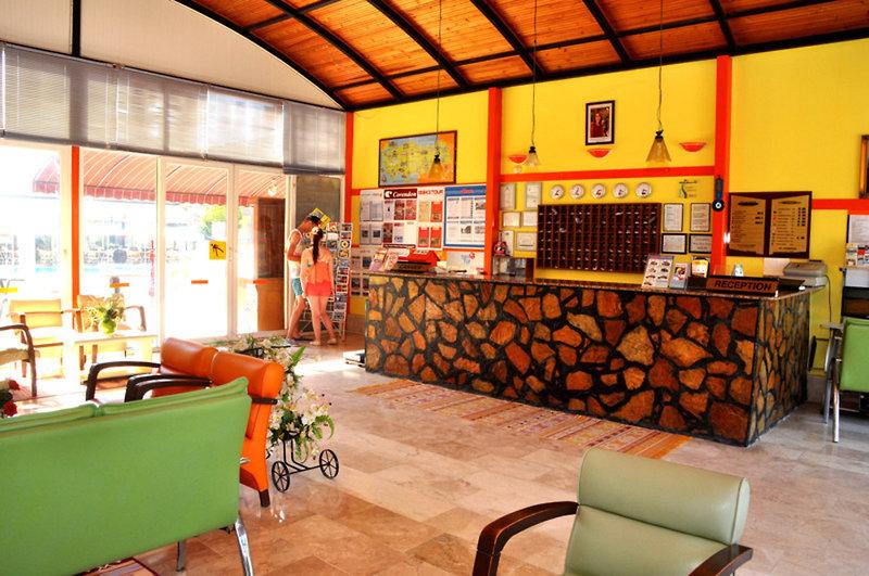 Sayanora & Sayanora Park Bar