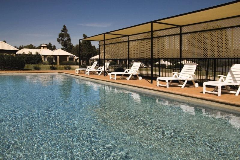 Leisure Inn Pokolbin Hill Pool