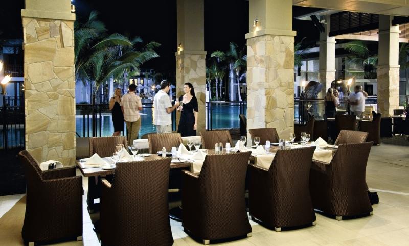 Pullman Port Douglas Sea Temple Resort & Spa Restaurant