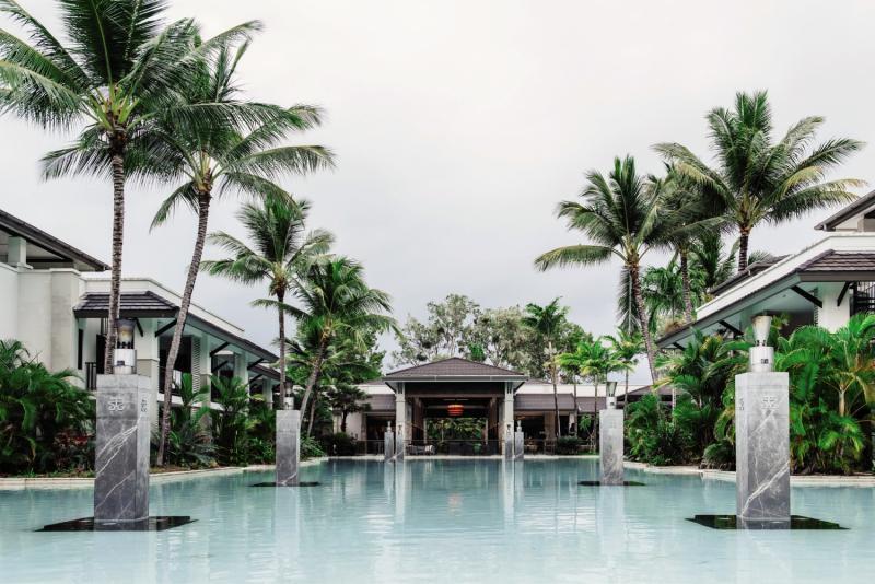 Pullman Port Douglas Sea Temple Resort & Spa Pool