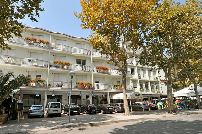 Pineda Aparthotel Außenaufnahme