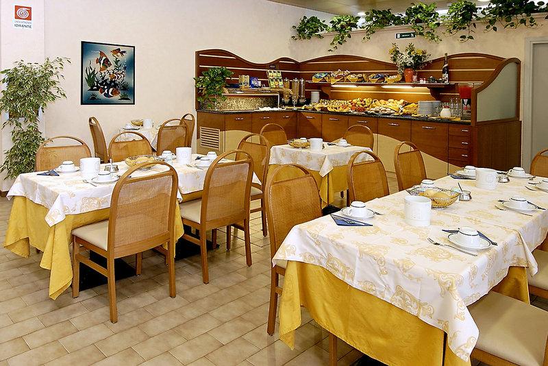 Pineda Aparthotel Restaurant