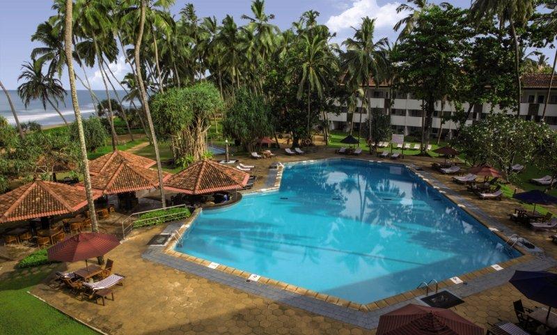 Tangerine Beach Pool