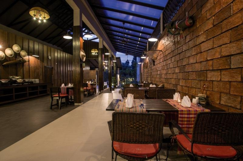 The Leaf on The Sands by Katathani Resorts Restaurant