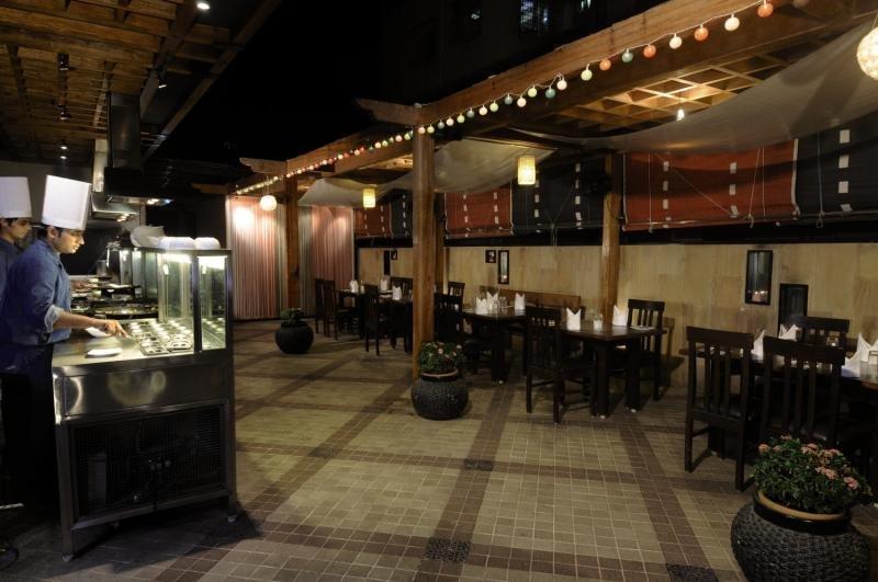 Fariyas Restaurant
