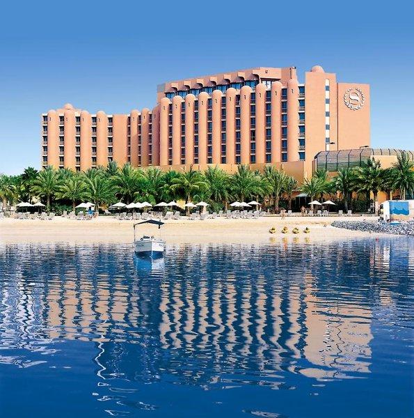 Sheraton Abu Dhabi Hotel & Resort Außenaufnahme