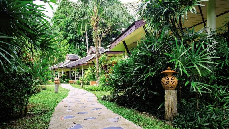 The Leaf on The Sands by Katathani Resorts Garten