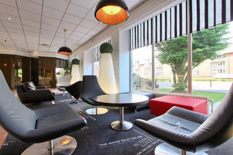 Best Western Charles de Gaulle Airport Lounge/Empfang