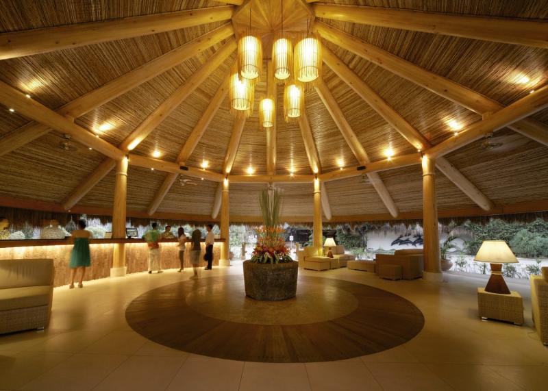 Maribago Bluewater Beach Resort Lounge/Empfang
