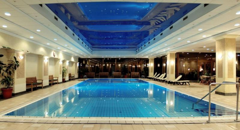 Danubius Grand Hotel Margitsziget Hallenbad