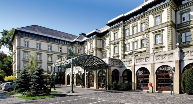Danubius Grand Hotel Margitsziget Außenaufnahme