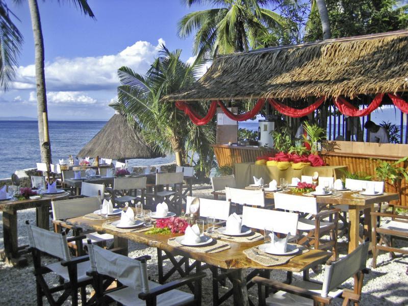 Coco Beach Island Resort Restaurant