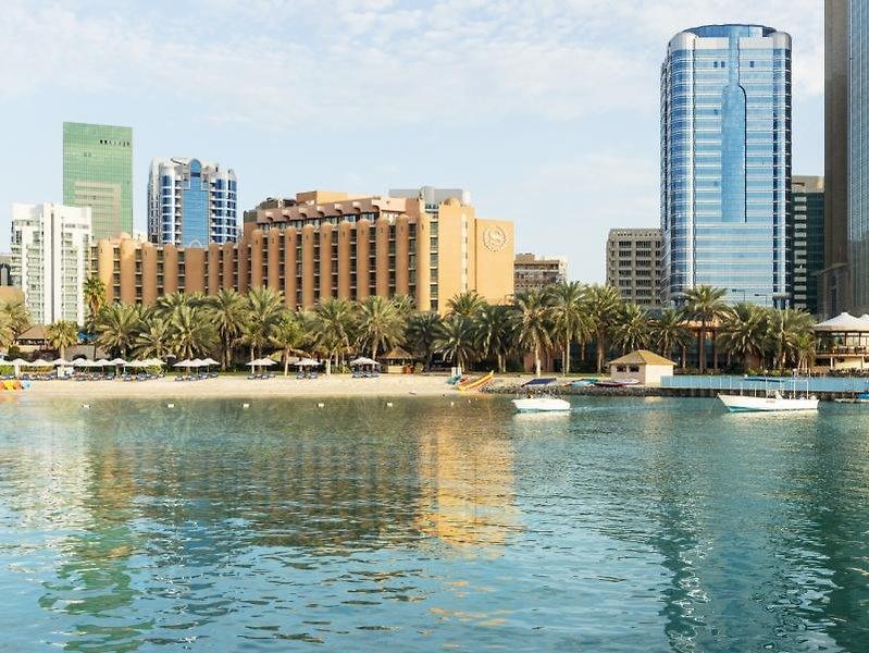 Sheraton Abu Dhabi Hotel & Resort Strand