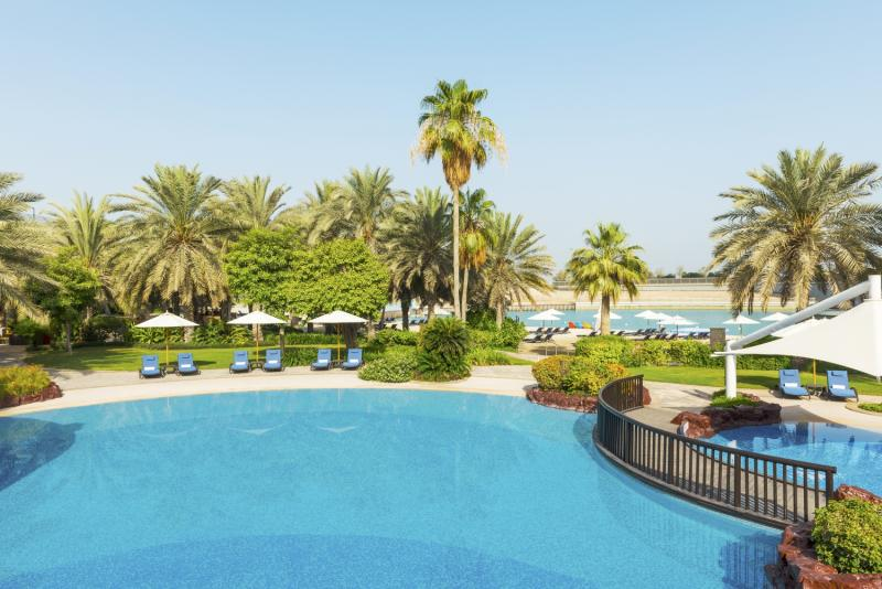 Sheraton Abu Dhabi Hotel & Resort Pool
