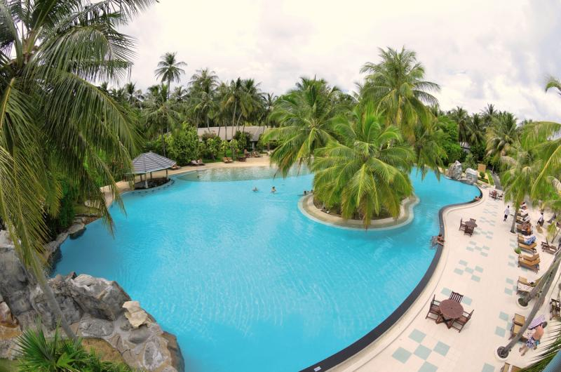 Sun Island Resort & Spa Pool