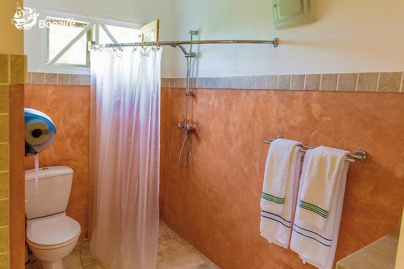 Sorobon Beach Resort Badezimmer