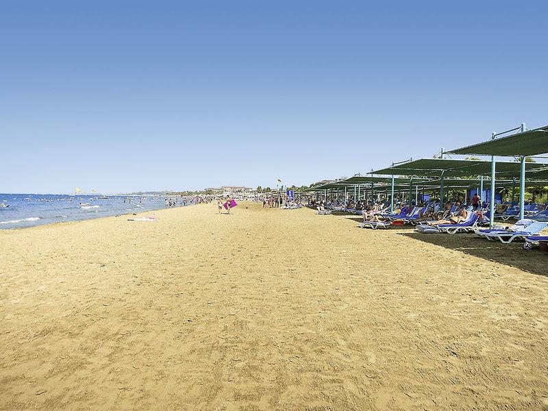 Iz Flower Side Beach Strand