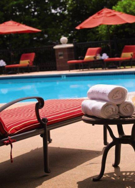 Renaissance Austin Pool