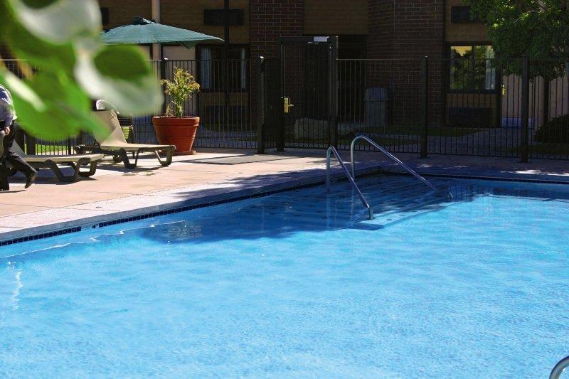 Ramada Cedar City Pool
