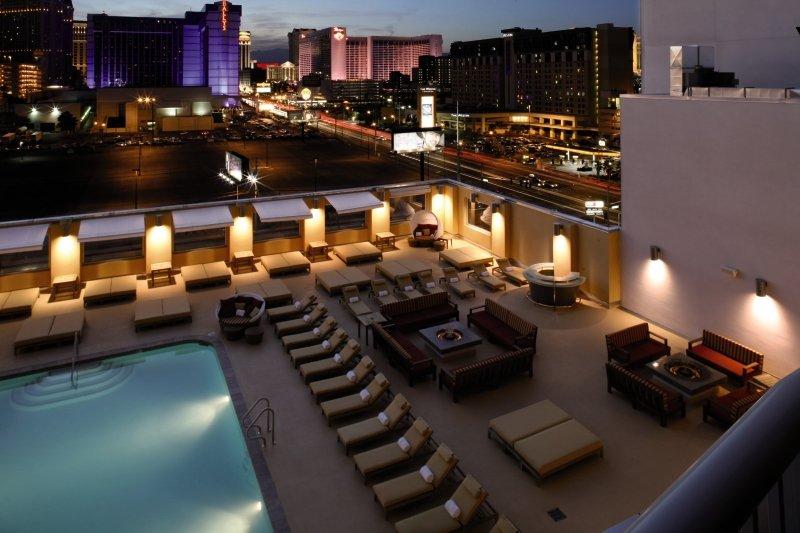 The Platinum & Spa Pool
