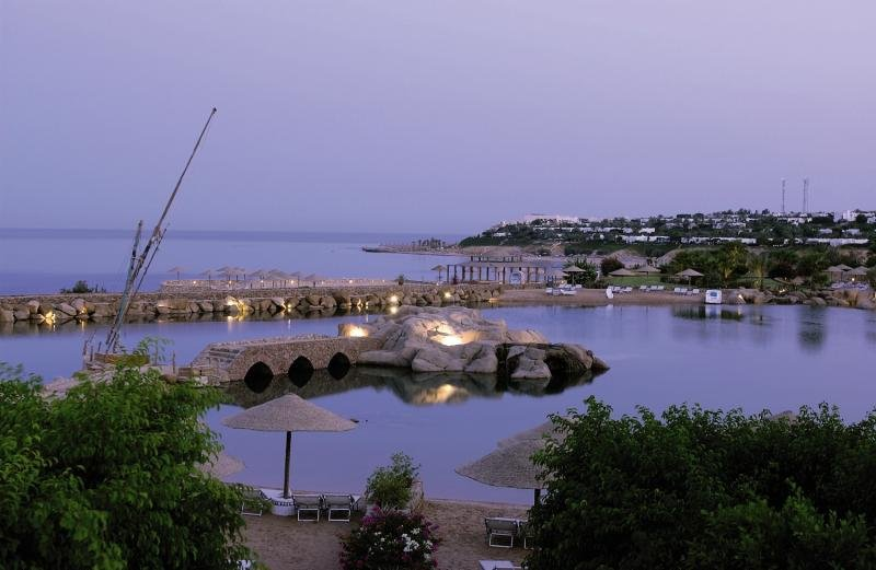 Domina Coral Bay King´s Lake Resort Pool