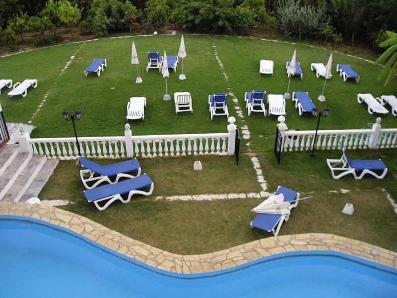 Al Andalus Pool