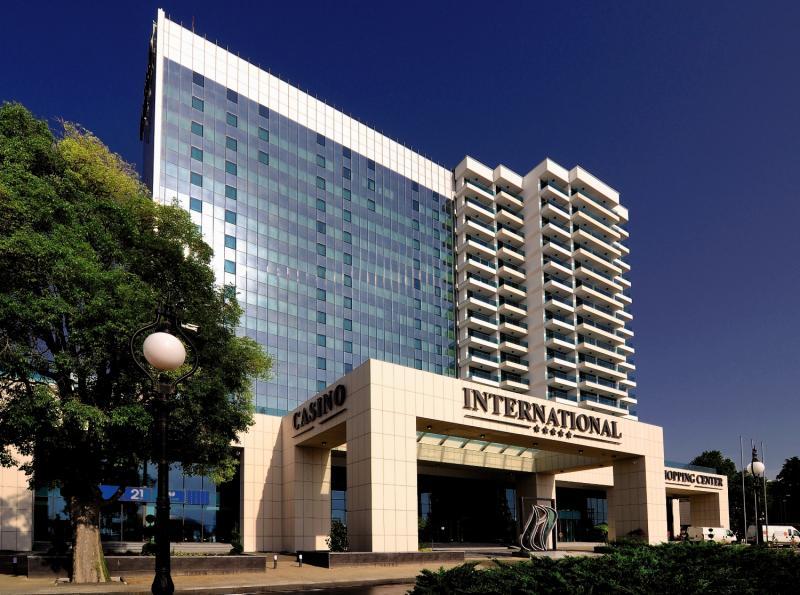 International Casino & Tower Suites Außenaufnahme