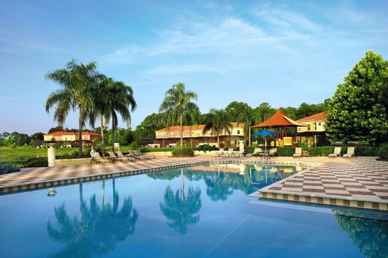 Encantada a CLC World Resort Pool