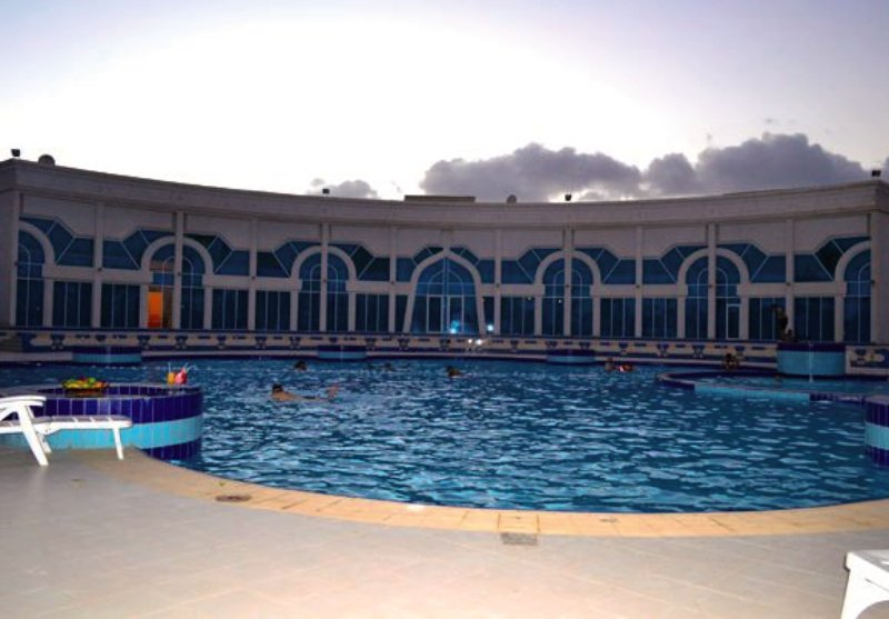 Hamdan Plaza Pool