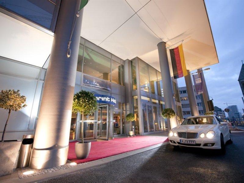 Urlaub im Dorint Hotel am Heumarkt Köln - hier günstig online buchen