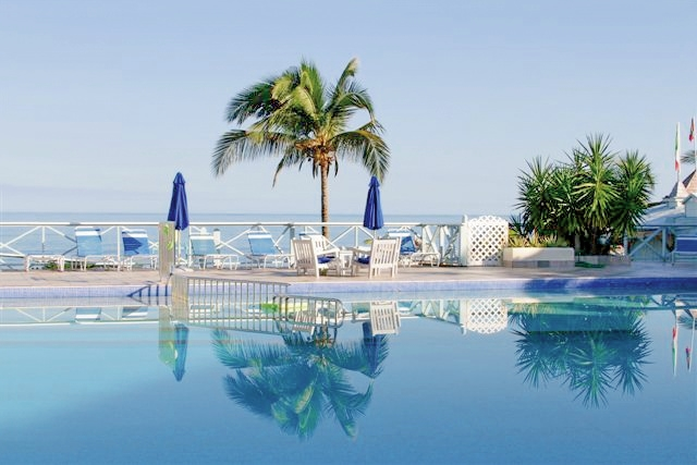 Ocean Point Resort & Spa Pool