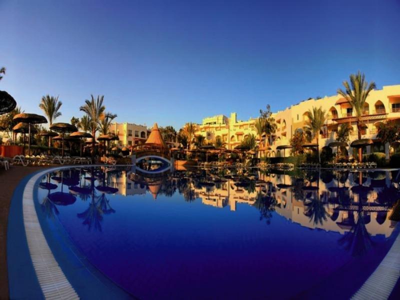 Royal Grand Sharm Pool
