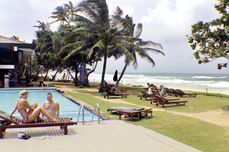 Club Koggala Beach